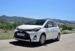 toyota brings aupeo smart streaming radio to its new yaris image 2