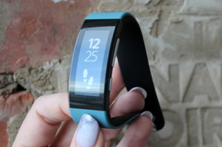Hands-on: Sony SmartBand Talk review