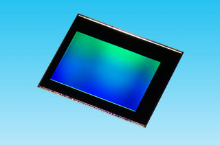 Standard smartphone cameras set for a boost, Toshiba unveils 20MP CMOS sensor for all