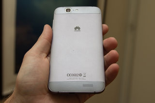 Huawei Ascend G7 brings a full metal body to the Android phablet party