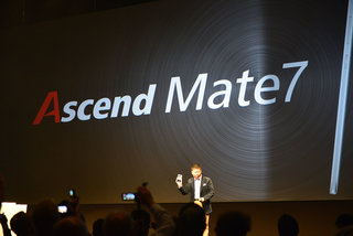 Huawei Ascend Mate 7: Fingerprint scanning phablet is super thin, super fast