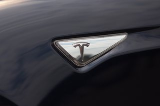 Tesla Motors to build charging posts in 120 Chinese cities, part of rapid global expansion