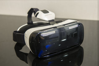 Hands-on: Samsung Gear VR review: Immersive headset requires a Galaxy Note 4 to function
