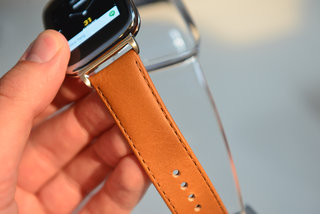 hands on asus zenwatch review a curved glass android wear smartwatch that takes a stylish approach image 4
