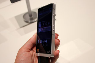sony nwz zx1 walkman loves high res music is a bit of a handful hands on  image 10