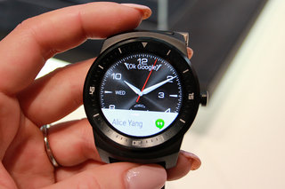 lg g watch r less toy more watch hands on  image 1