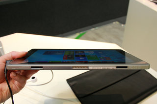acer aspire switch 11 hands on hybrid offers multiple positions and uses image 12