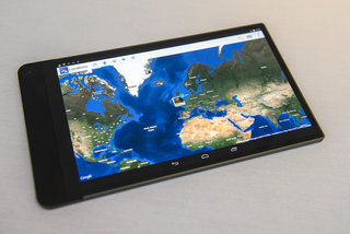 hands on dell venue 8 7000 review world s thinnest tablet shows off 6mm chassis 2k screen and camera smarts image 15
