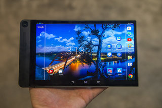 hands on dell venue 8 7000 review world s thinnest tablet shows off 6mm chassis 2k screen and camera smarts image 8