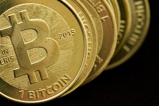 eBay to accept Bitcoin, Apple Watch could let you tap to pay with Bitcoin soon