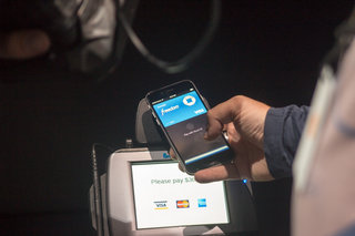 Apple Pay hands-on: Shopping with your iPhone