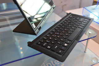 hands on acer aspire switch 12 is the laptop replacement with a tablet twist image 8