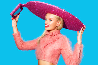 forget the selfie stick acer made a glittery selfie sombrero for london fashion week image 6