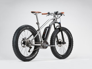 Who wouldn't want an electric bike when they look this good?