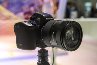Hands-on: Samsung NX1 review: Great features, but the notion of 'compact' system camera has vanished