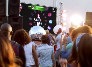Just Dance Now lets you boogie on down in the street