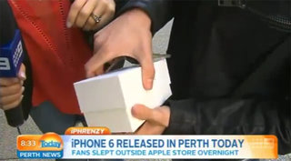 First person to buy iPhone 6 drops it on camera, d'oh! (video)