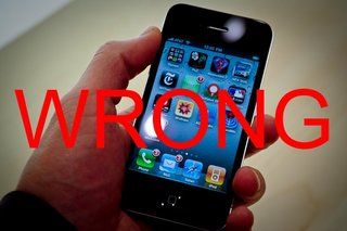 iPhone 4 antenna problems: Apple's contradictory advice