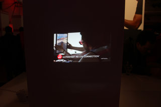 lenovo yoga tablet 2 pro previewing the qhd tablet with built in projector image 6