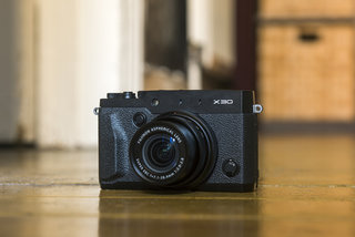 Fujifilm X30 review: Bigger and better, but beleaguered
