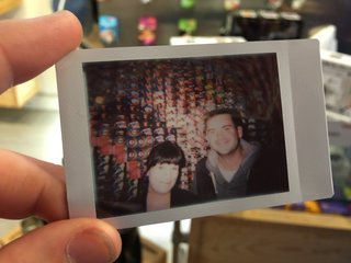 lomography lomo instant hands on instant film camera gets retro makeover image 12