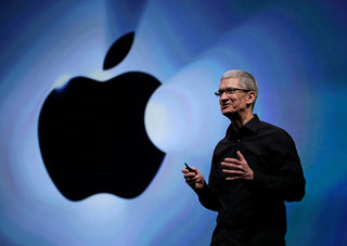 Apple's fourth quarter dominated by iPhone, but waiting for new iPads takes its toll