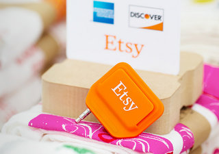 etsy debuts free square like credit card reader for real world sellers image 2