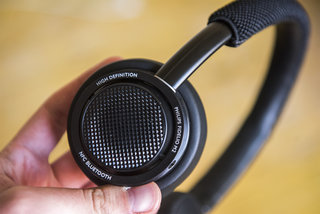 philips fidelio m2bt review image 11