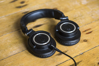 audio technica ath m50x headphones review image 2