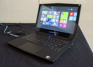 Alienware 13: Gaming laptop meets desktop when paired with Graphics Amplifier (hands-on)