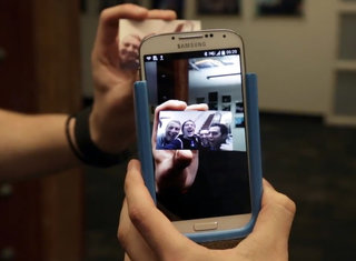 Prynt is a smartphone printer case that also turns your hard-copy photos into videos