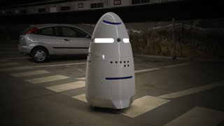 Service robots are becoming a thing: K5 and OSHbot will help you keep watch, find a hammer