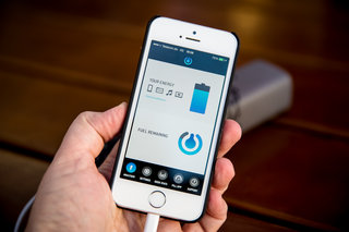 upp hydrogen fuel cell phone charger now available in apple stores we go hands on image 9