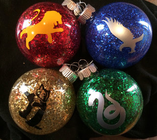 13 Best Christmas Decorations Every Geek Should Own image 11