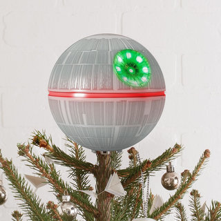 13 Best Christmas Decorations Every Geek Should Own image 25