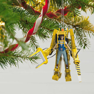 13 Best Christmas Decorations Every Geek Should Own image 26