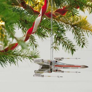 13 Best Christmas Decorations Every Geek Should Own image 42
