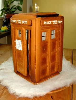 13 Best Christmas Decorations Every Geek Should Own image 46