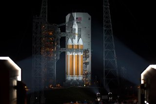 Next stop, Mars: Watch NASA's Orion deep-space capsule liftoff and return from first test trip