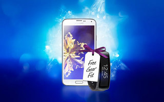 Buy a reduced price Samsung Galaxy S5 and get a Gear Fit free, today only