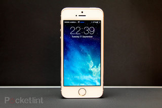 Smaller iPhone in the works from Apple for 2015?