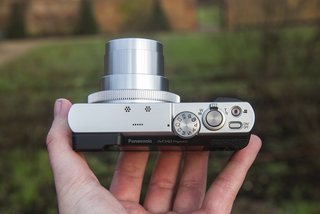 hands on panasonic lumix tz70 review viewfinder upgrade for 30x travel zoom image 7