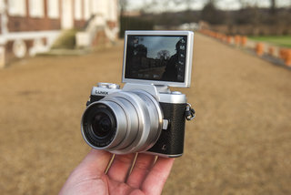 Hands-on: Panasonic Lumix GF7 review: Compact system wants to be your next selfie camera