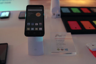 alcatel onetouch pixi 3 pictures and hands on image 17