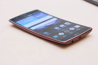 LG G Flex 2: Smaller, more powerful, more compelling (hands-on)