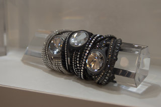 Swarovski teams up with Misfit for Swarovski Shine wearable (hands-on)