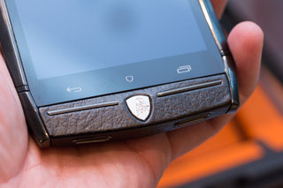 tonino lamborghini 88 tauri hands on with the 6 000 stainless steel and leather smartphone image 9