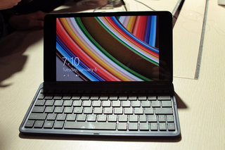 Asus Transformer Book Chi series pictures and hands-on: T300, T100, and T90