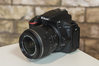 hands on nikon d5500 review is nikon s first touchscreen dslr too late to the game  image 2