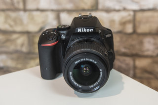 hands on nikon d5500 review is nikon s first touchscreen dslr too late to the game  image 3